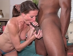 SofieMarieXXX/Fucking_a_BBC_while_my_Friends_Watch